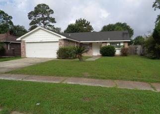 Foreclosed Home in Slidell 70458 E QUEENS DR - Property ID: 4406038272