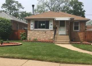 Foreclosed Home in Calumet City 60409 WARREN ST - Property ID: 4406059295