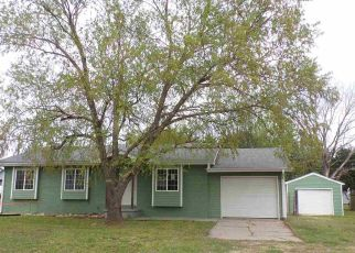 Foreclosed Home in Towanda 67144 N 10TH ST - Property ID: 4406069818