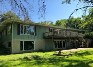Foreclosed Home in Saint Charles 60175 CROOKED LN - Property ID: 4406110994