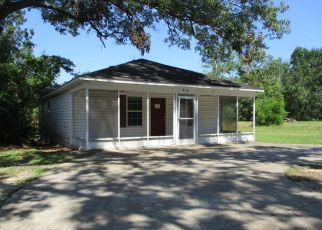 Foreclosed Home in Bainbridge 39817 N SIMS ST - Property ID: 4406144707
