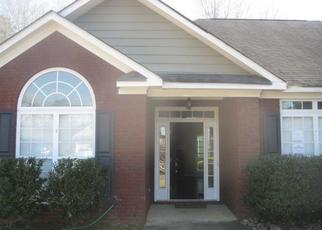 Foreclosed Home in Smiths Station 36877 LEE ROAD 2084 - Property ID: 4406249377
