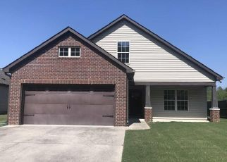 Foreclosed Home in Calera 35040 STONEBRIAR DR - Property ID: 4406254188