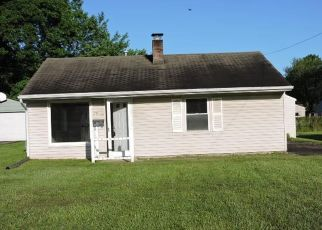 Foreclosed Home in Youngstown 44512 OREGON TRL - Property ID: 4406302372