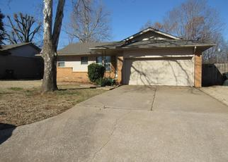 Foreclosed Home in Oklahoma City 73110 ROSEWOOD DR - Property ID: 4406397859