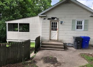 Foreclosed Home in West Warwick 02893 CHURCH ST - Property ID: 4406420629