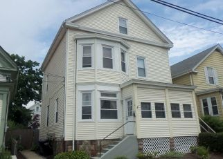 Foreclosed Home in Newport 02840 NARRAGANSETT AVE - Property ID: 4406450408