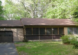 Foreclosed Home in Lebanon 04027 NEW BRIDGE RD - Property ID: 4406480181