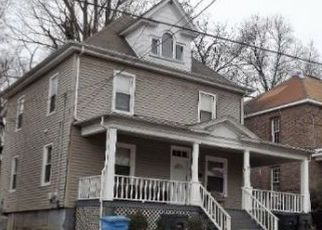 Foreclosed Home in Roanoke 24016 STAUNTON AVE NW - Property ID: 4406494649