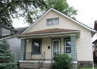 Foreclosed Home in New Albany 47150 CENTER ST - Property ID: 4406547642