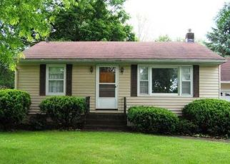 Foreclosed Home in Canastota 13032 3RD ST - Property ID: 4406559912