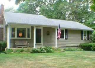 Foreclosed Home in Douglas 01516 MARTIN RD - Property ID: 4406573479