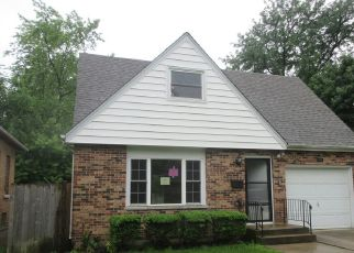 Foreclosed Home in Joliet 60435 SCHRIBER AVE - Property ID: 4406588815
