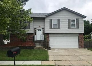 Foreclosed Home in Canton 48188 HAMPSHIRE DR - Property ID: 4406596697