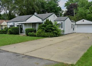 Foreclosed Home in Plymouth 48170 ELMHURST AVE - Property ID: 4406598893