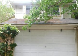 Foreclosed Home in Katy 77449 FIELD MEADOW DR - Property ID: 4406628216