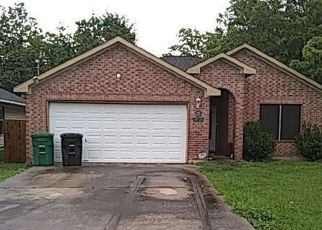 Foreclosed Home in Houston 77028 HAIGHT ST - Property ID: 4406632606