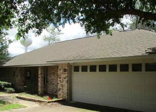 Foreclosed Home in Lindale 75771 JACK DR - Property ID: 4406644428