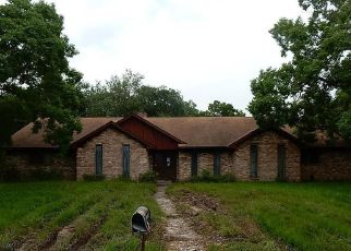 Foreclosed Home in Eagle Lake 77434 WARWICK ST - Property ID: 4406659319