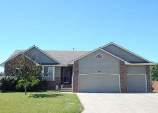 Foreclosed Home in Mulvane 67110 E FOX RUN ST - Property ID: 4406683862