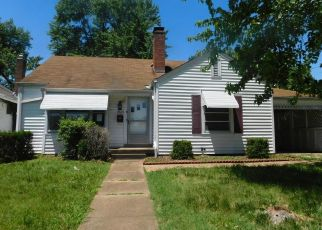 Foreclosed Home in Saint Louis 63123 GENESTA ST - Property ID: 4406697873