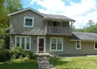 Foreclosed Home in Eureka 63025 EDWARD DR - Property ID: 4406699621
