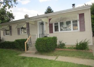 Foreclosed Home in Toledo 43605 HEFFNER ST - Property ID: 4406731591