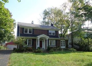 Foreclosed Home in Springfield 45504 N FOUNTAIN BLVD - Property ID: 4406732461