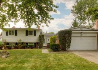 Foreclosed Home in Southfield 48076 ANDOVER RD - Property ID: 4406751290