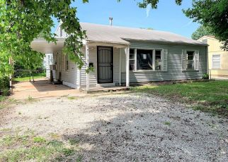Foreclosed Home in Springfield 65802 W HAMILTON ST - Property ID: 4406790718