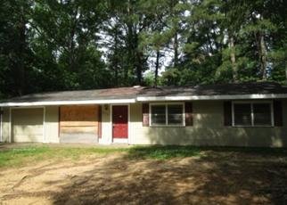 Foreclosed Home in Jackson 39212 CHARLESTON DR - Property ID: 4406808227