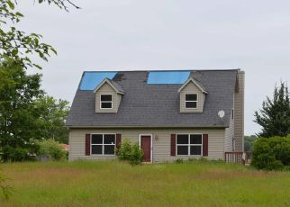 Foreclosed Home in Pinckney 48169 BARTON RD - Property ID: 4406827953