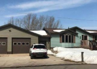 Foreclosed Home in Munising 49862 HIGH ST - Property ID: 4406832317