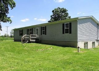 Foreclosed Home in Eaton Rapids 48827 COLUMBIA HWY - Property ID: 4406837129