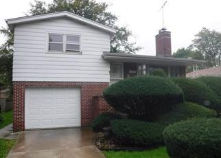 Foreclosed Home in Dolton 60419 E 156TH ST - Property ID: 4406877882