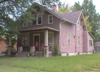 Foreclosed Home in Osawatomie 66064 MARTIN AVE - Property ID: 4406888377