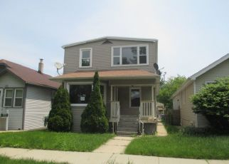 Foreclosed Home in Elmwood Park 60707 N NEW ENGLAND AVE - Property ID: 4406911599