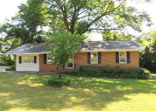 Foreclosed Home in Calhoun 30701 PINE ST SW - Property ID: 4406930878