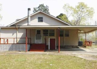 Foreclosed Home in Gadsden 35903 MARGUERITE AVE - Property ID: 4407009254
