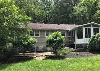 Foreclosed Home in Asbury 08802 FOX FARM RD - Property ID: 4407127967