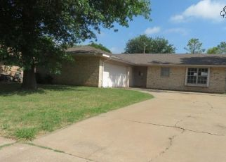 Foreclosed Home in Wichita Falls 76310 ROCK POINT ST - Property ID: 4407190138