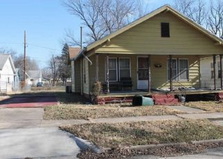 Foreclosed Home in Independence 67301 N 18TH ST - Property ID: 4407191912