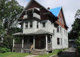 Foreclosed Home in Waterbury 06704 BYRNESIDE AVE - Property ID: 4407212481