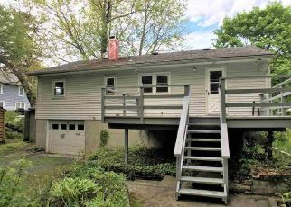 Foreclosed Home in Highland 12528 GROVE ST - Property ID: 4407236122