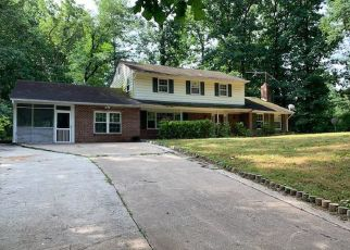 Foreclosed Home in Oakton 22124 VALE RD - Property ID: 4407237894