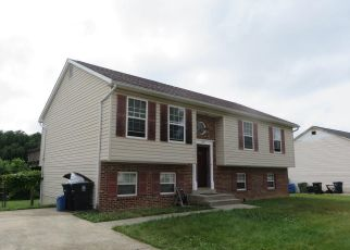 Foreclosed Home in Fort Washington 20744 GREENBORO LN - Property ID: 4407238769