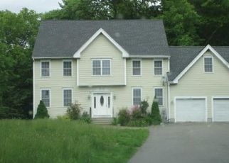 Foreclosed Home in Auburn 01501 CROWL HILL RD - Property ID: 4407254530