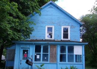 Foreclosed Home in Corinth 12822 WALNUT ST - Property ID: 4407264603
