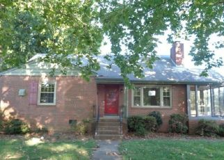 Foreclosed Home in Highland Springs 23075 KRAMER DR - Property ID: 4407284307