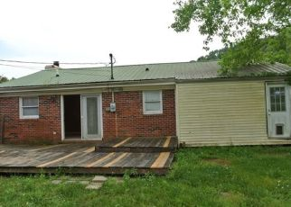 Foreclosed Home in Van Lear 41265 RICHMOND HILL EST - Property ID: 4407318922